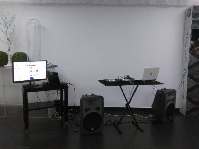 Mesa de DJ Discoland